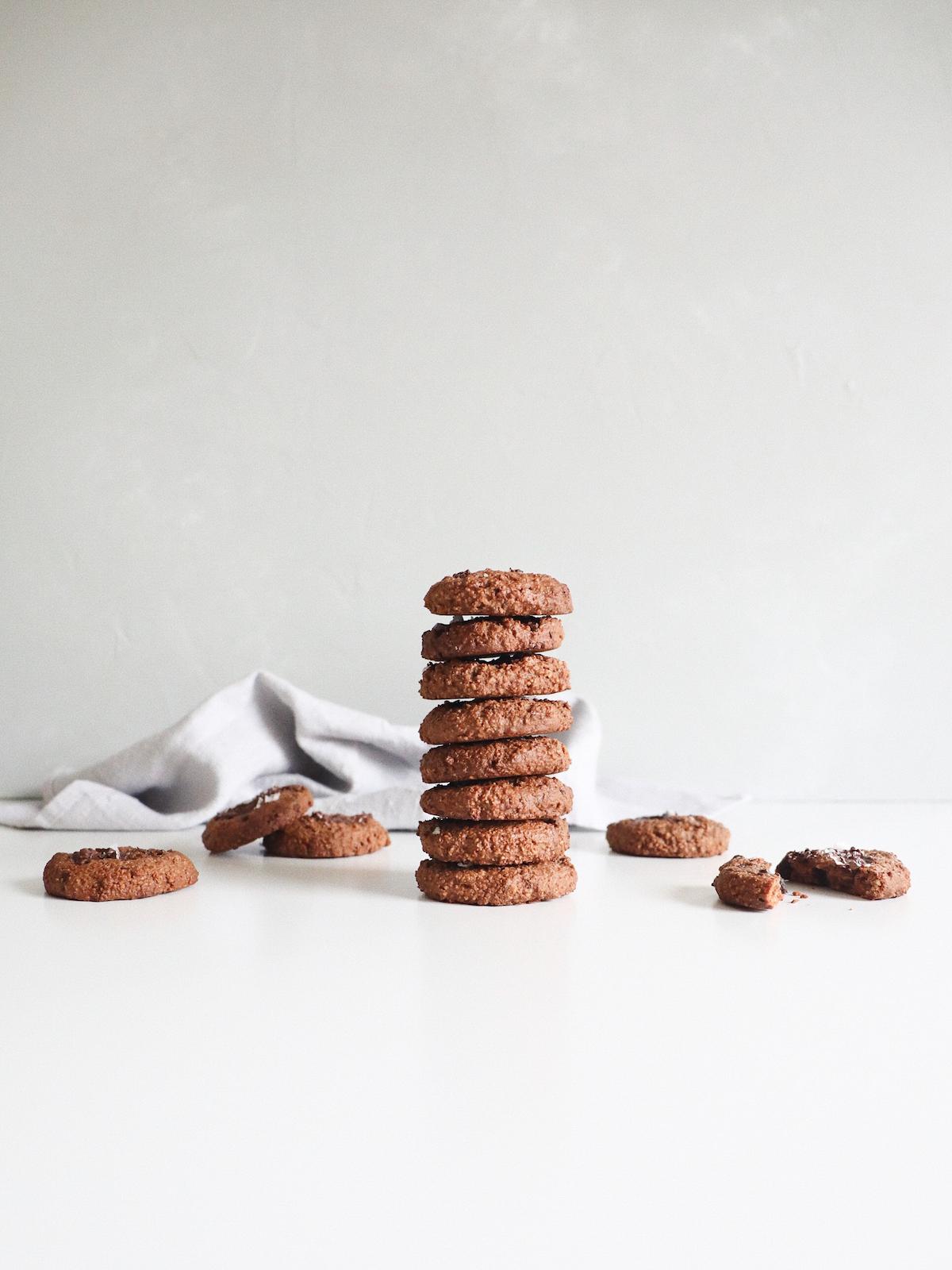 šokoladiniai-sausainiai-be-glitimo